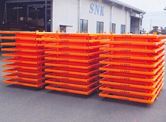 建設重機パーツ 輸送パレット